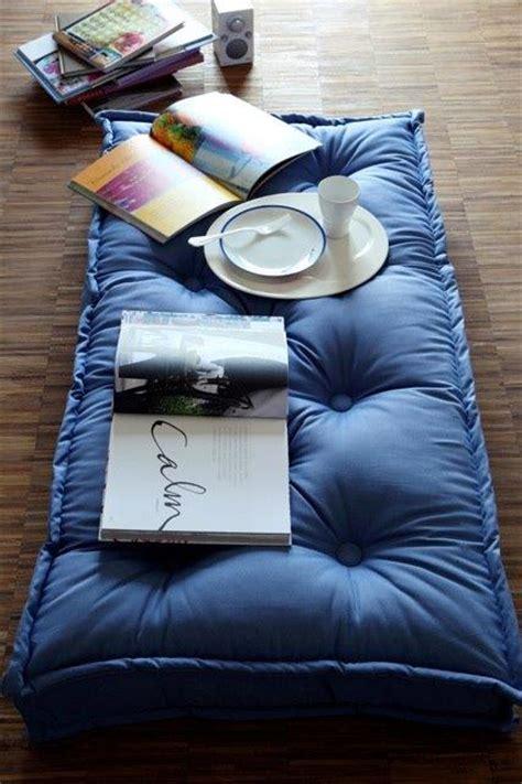 cuscini per terra trapuntati onfuton
