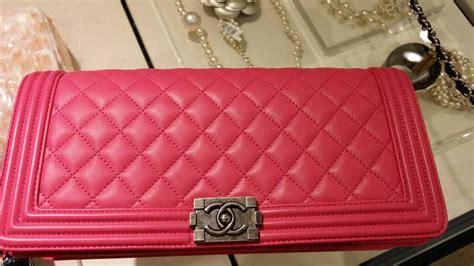 Clutch Handbag Chanel Leboy chanel boy clutch bag reference guide spotted fashion