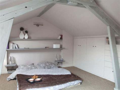 matratze auf boden 38 tolle und behagliche schlafzimmer im dachgeschoss