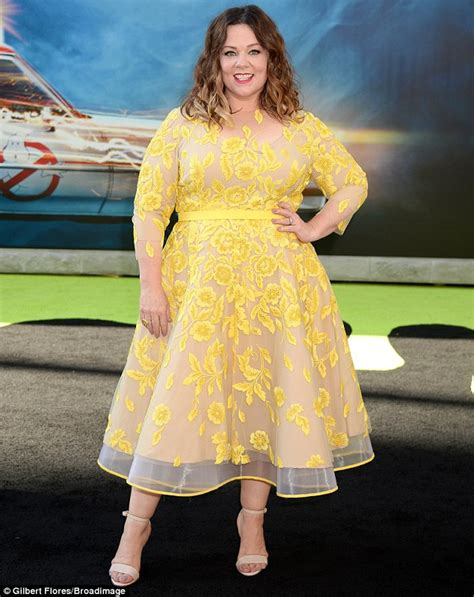 Mellisa Dress mccarthy wows in yellow floral dress at
