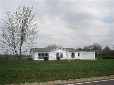 houses for sale in ligonier indiana 4780 w albion rd ligonier in 46767 detailed property info reo properties and bank