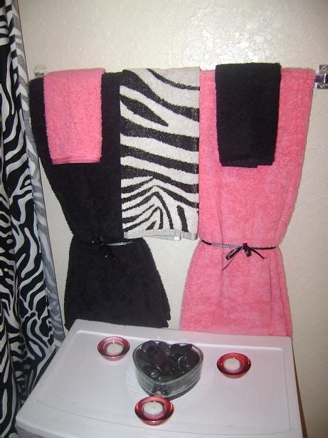 zebra bathroom decorating ideas 1000 ideas about zebra bathroom decor on pinterest