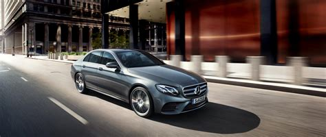 Car Types Luxury by The Right Type Of Luxury Cars In Uae Simplycarbuyers