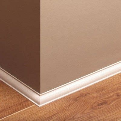 white skirting boards curved profiles thin