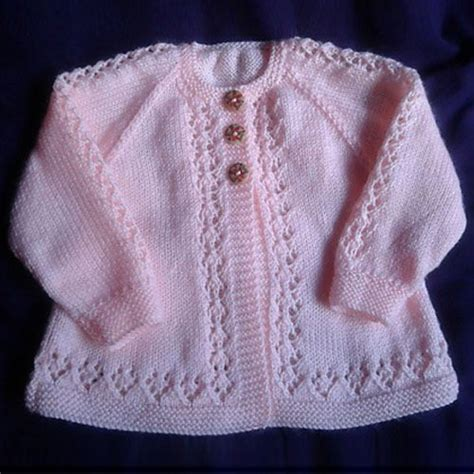 ravelry free baby knitting patterns 25 best ideas about knitted baby cardigan on