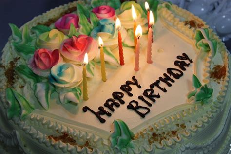 birthday cake candles  photo  pixabay