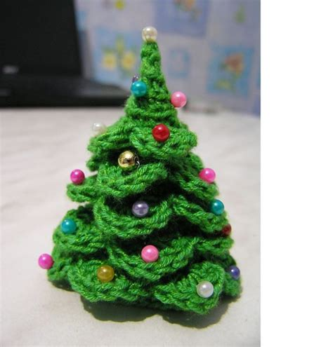 crocheted trees diy crocheted tree free crochet pattern