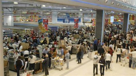 commercio toscana toscana sciopero commercio per le feste repubblica it