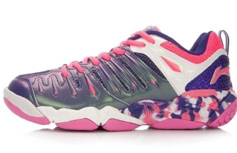 Sepatu Badminton Terbaru daftar harga sepatu badminton lining terbaru juli 2018