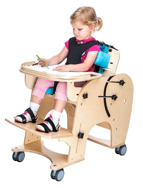 sedie posturali tavolo regolabile per carrozzina e sedia posturale per