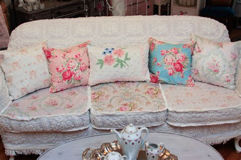 shabby chic slipcovered sofa vintage chic furniture schenectady ny omg antique sofa