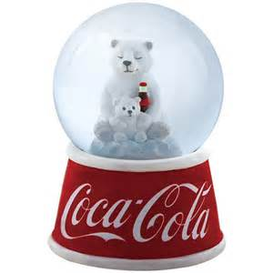 snow globes 268 best images about snow globes on disney