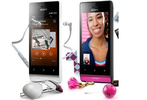 Sony Xperia J Hitam nikmati alunan musik melalui sony xperia j dimensidata