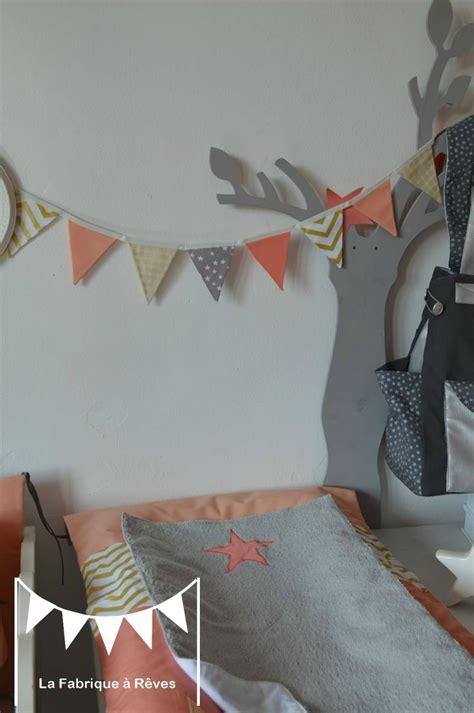 décoration chambre bébé fille et gris chambre bebe gris et
