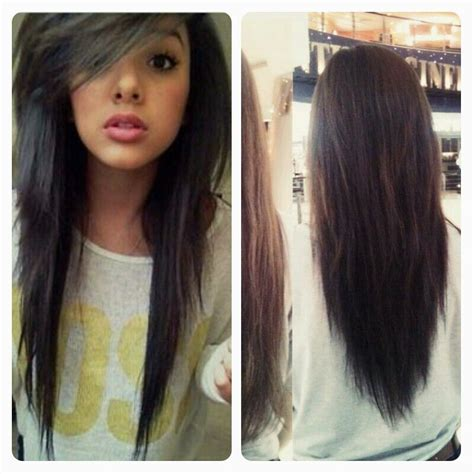 pretty v cut hairs styles i got my hair did just like this i got it layered in the