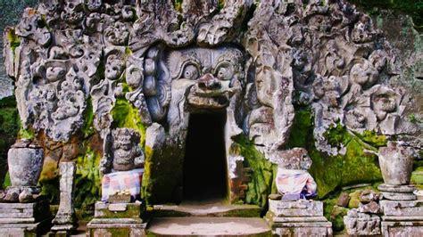 Maxy Gajah goa gajah the elephant cave in ubud bali