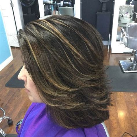 medium to short hairstyles with highlights and layers or stacked 37 cute medium haircuts to fuel your imagination
