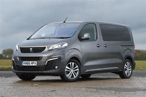 peugeot traveller 2017 peugeot traveller cars exclusive and photos