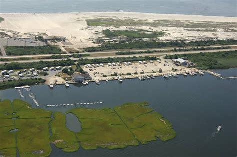 freedom boat club babylon cedar beach marina in babylon ny united states marina