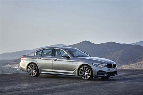 2017 bmw 5 series sedan look review motor trend