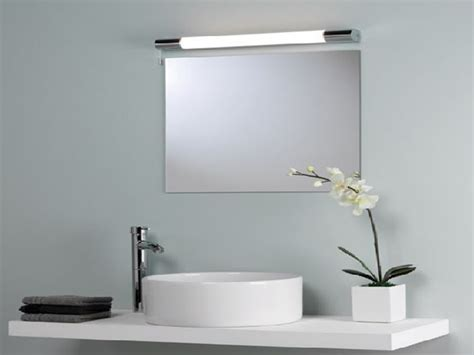 Bathroom Mirror And Lighting Ideas 1000 Ideas About Bathroom Mirror Lights On Bath Remodel Bathroom Rugs And Home