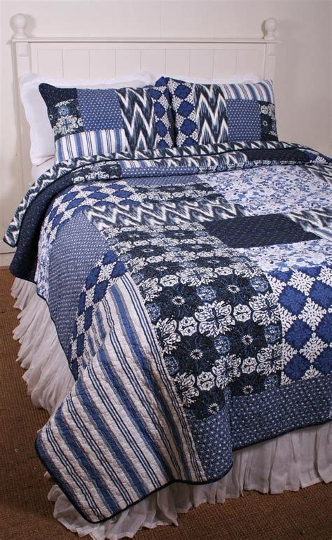 Navy Blue And White Quilt Navy Blue And White Bedding Decorate My House