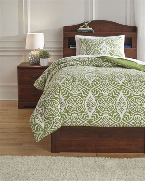 green full comforter set ina green full comforter set from ashley q766003f