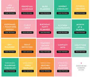 Free printables for your simplified planner wedding planner or