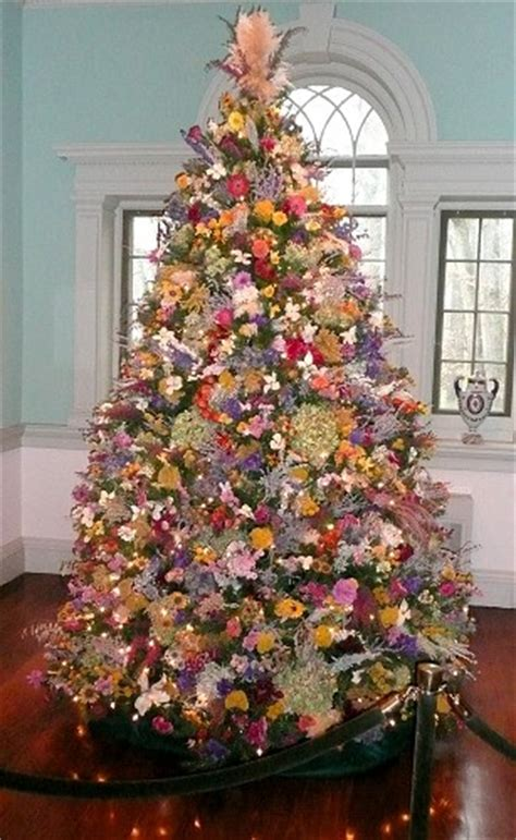 top 5 christmas tree theme photos and decorating idea