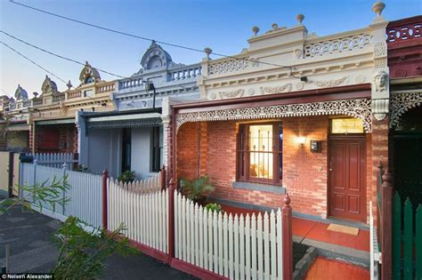That House In Melbourne By Sydney And Melbourne Property Market So Expensive That