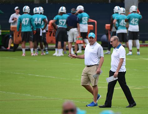 miami dolphins news rumors sun sentinel recent success making miami dolphins an easy sell to