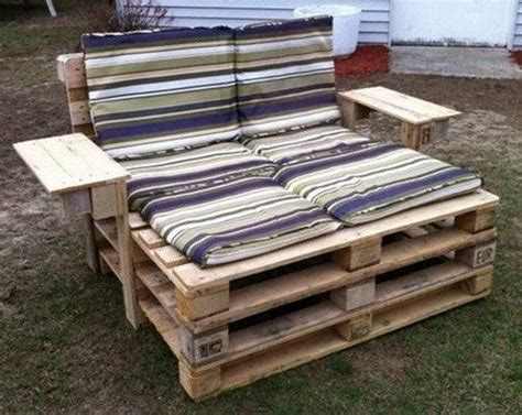 2 Person Chaise Lounge Outdoor 46 Genius Pallet Building Ideas Removeandreplace Com