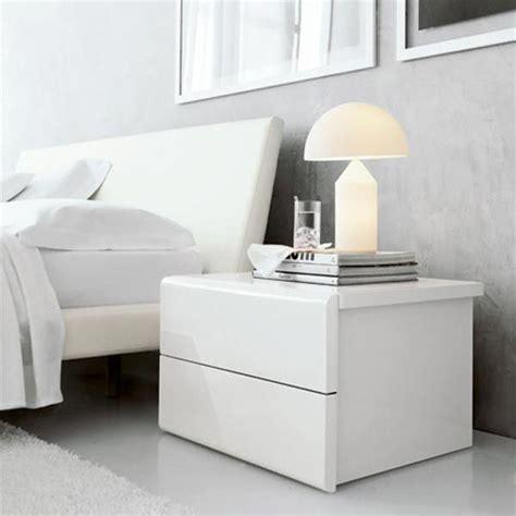 comodini design rinnovare la da letto i consigli di stile per il