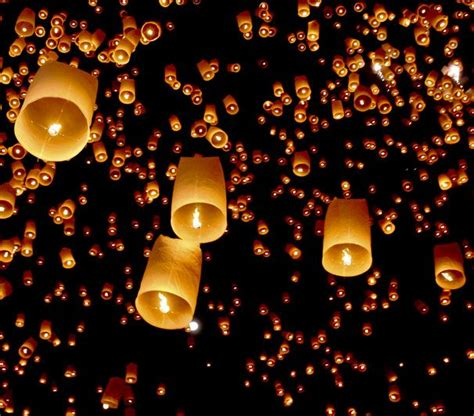 How To Make Paper Lanterns Like In Tangled - 1000 ideas about flying paper lanterns on sky