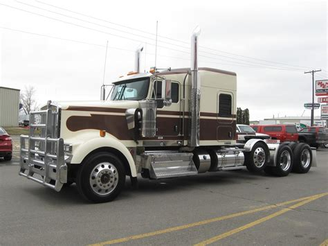 2015 kenworth price 2015 kenworth w900l for sale 126 used trucks from 89 950