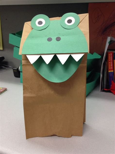 How To Make Puppets Out Of Brown Paper Bags - 25 best ideas about paper bag puppets on