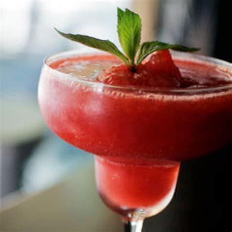 strawberry daiquiris bigoven 166574
