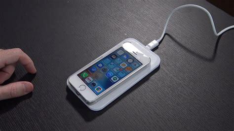 iphone se  wireless charging ossu qi charging case youtube