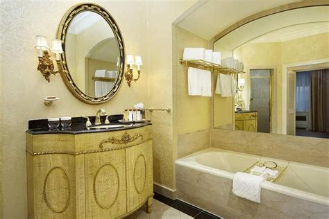 waldorf astoria room rates waldorf astoria new york in new york hotel rates reviews on orbitz