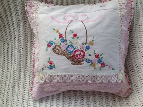 Does 711 Have Gift Cards - vintage chenille vintage embroidered linen pillow 16 quot pink white ebay
