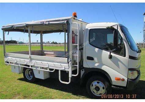 hino  tray truck  listed  machinesu