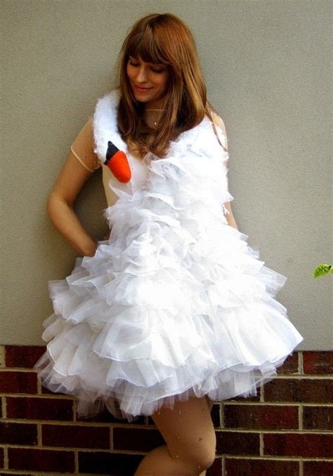 bjork swan dress diy bjork swan dress 183 how to make a costume 183 sewing on cut out keep