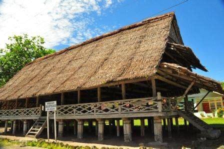 Permalink to Rumah Adat Maluku Utara