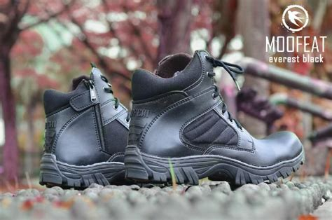 Sepatu Boot Pria Moofeat Original Boot Safety Resleting Adventure jual beli original sepatu tactical boots safety moofeat