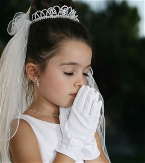 communion hairstyles for girls first communion hairstyles beautiful hairstyles