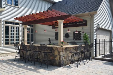 outdoor kitchen with bar outdoor kitchen and bar