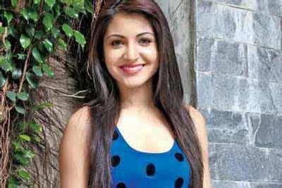 priyanka chopra song welcome to my city mp3 free download anushka is a coldplay fan hindi movie news times of india