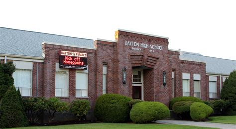 Or High School File Dayton High School Dayton Oregon Jpg Wikimedia Commons