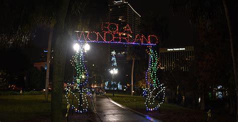 lake eola christmas lights tree lighting celebration city of orlando celebrations