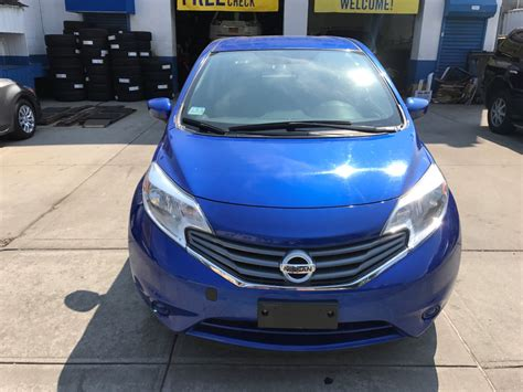 used nissan versa note used 2015 nissan versa note sv hatchback 6 990 00
